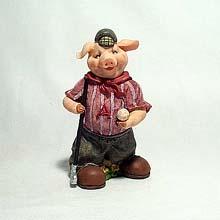 Golfing Piglet figurine
