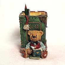 Scholar bear pen holder