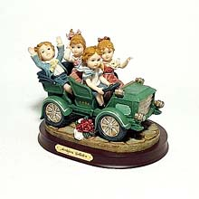 Cruisin' Through Town figurine